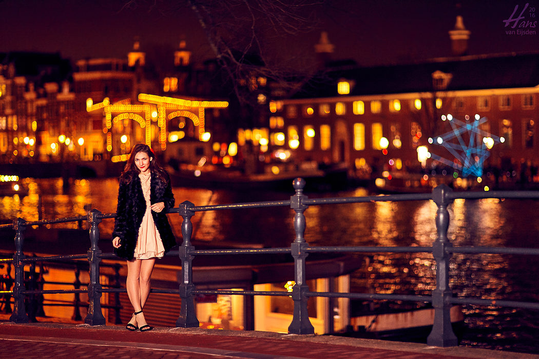 Sera on the Streets of Amsterdam (HvE-20151218-0410)