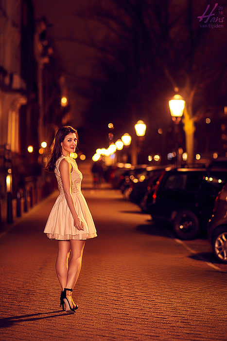Sera on the Streets of Amsterdam (HvE-20151218-0426)