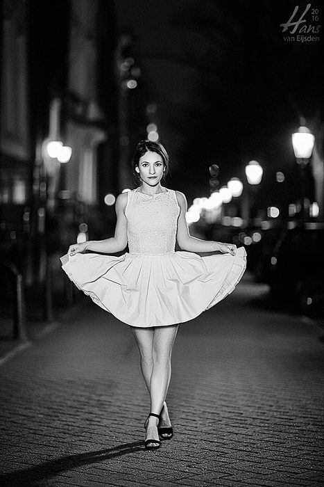 Sera on the Streets of Amsterdam (HvE-20151218-0435-2)